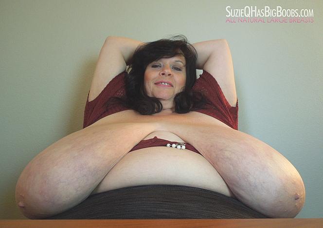 Suzie Q Big Mature Breast - Office Girls Wallpaper